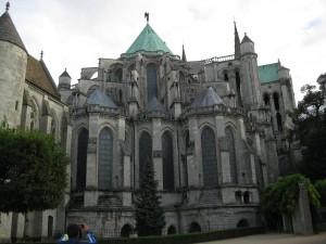 Les vitraux de Chartres. dans histoire img_1684-300x225
